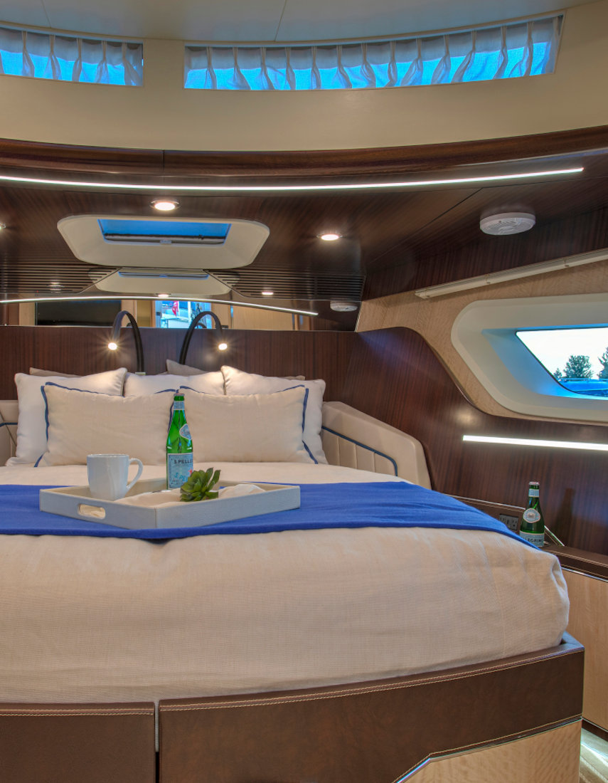 Vripack - Yacht design - Burger 48 Cruiser - Interior Master bedroom